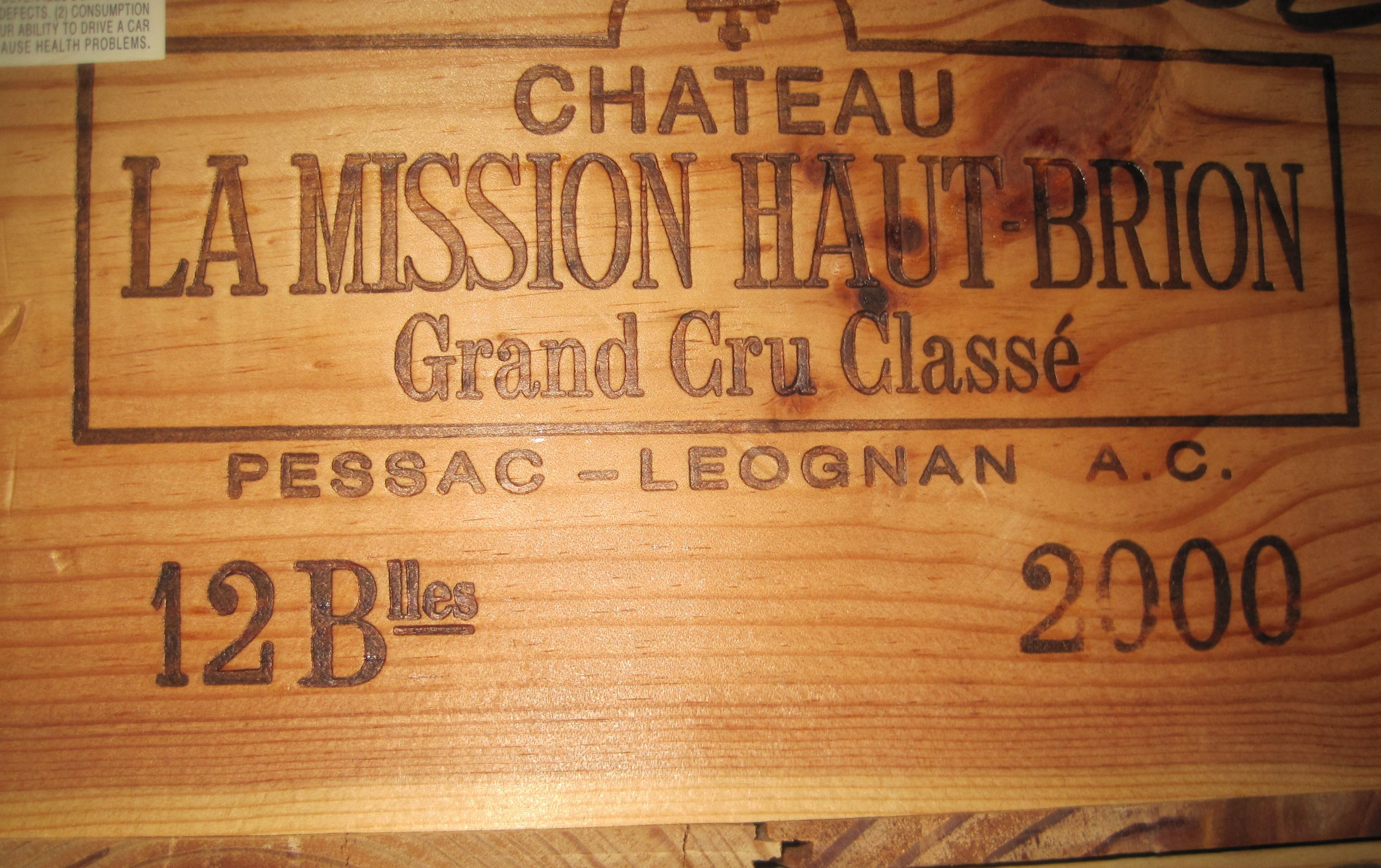 La Mission Haut Brion Wood Case 2000
